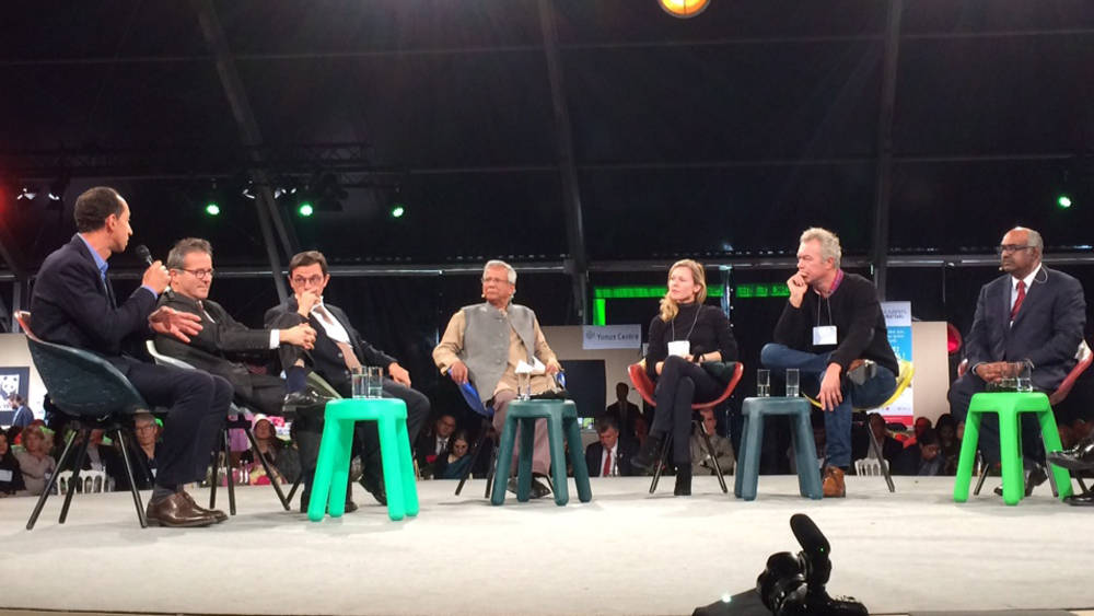 """On November 7, 2017, the Movement MS*BI was presented during a roundtable session of the 8th Global Social Business Summit in Paris with our partners Oliver Faust (Renault), Jacques Berger (Action Tank), Muhammad Yunus (Grameen Bank), Rodolphe Durand (SnO HEC), Martin Hirsh (AP-HP), and Laurent Auguste (Veolia)."""""""