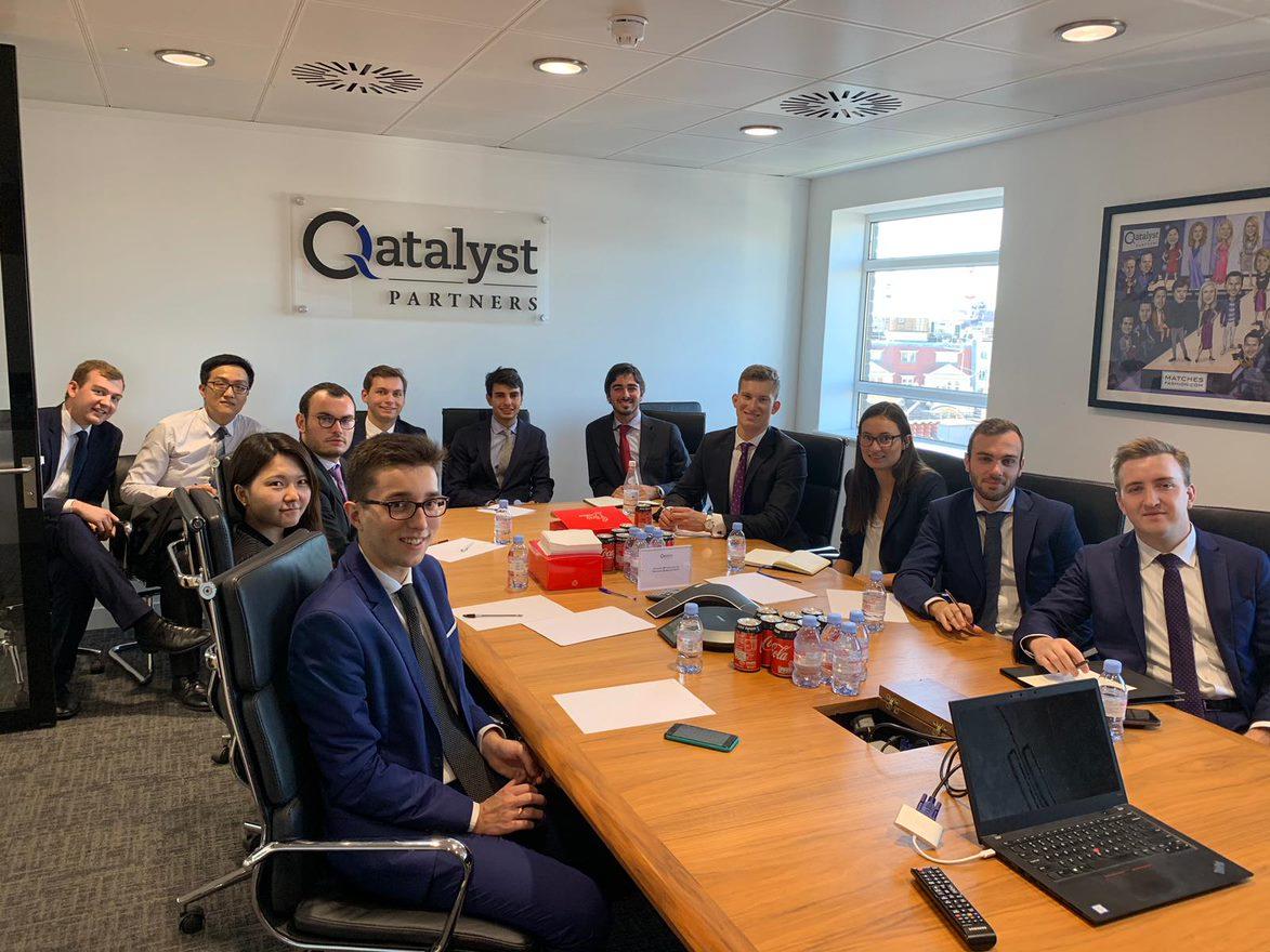 company visit Qualatlyst groupe étudiants Londres