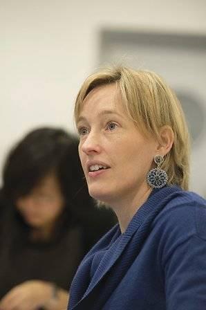 Kristine de Valck HEC classroom