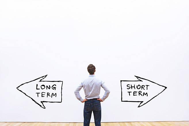 long term short term ©anyaberkut / AdobeStock