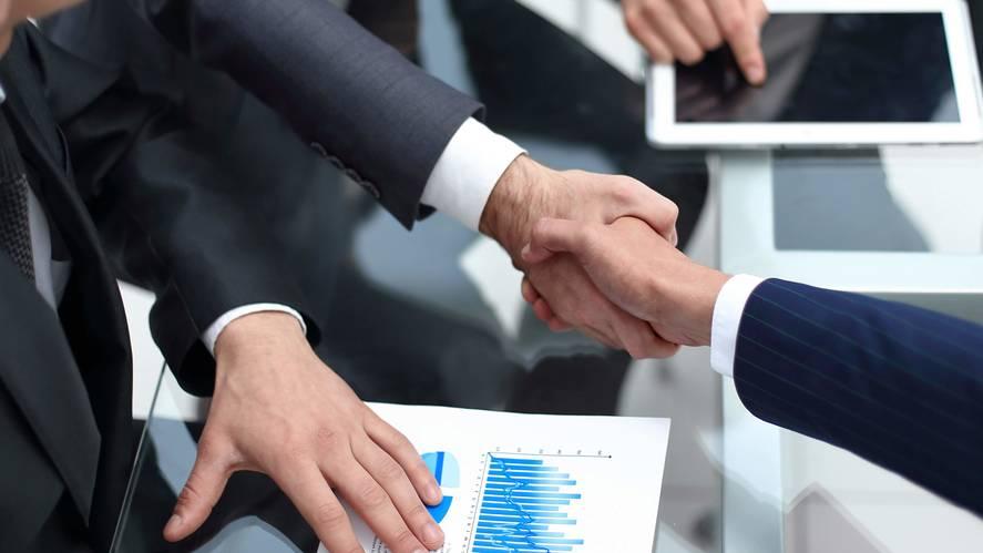 business agreement ©ASDF_AdobeStock