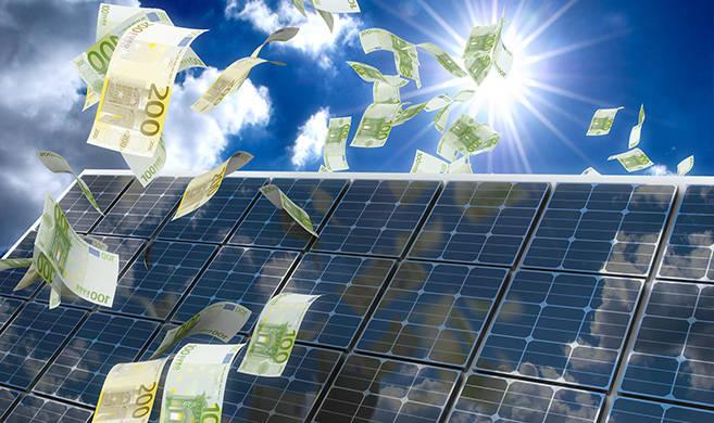 renewable energy © Kwadri-AdobeStock_cover
