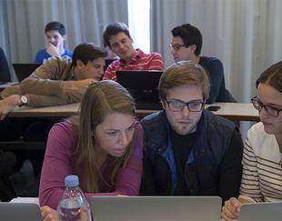 Postuler-academies-HEC
