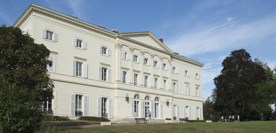 HEC Paris Executive Education trains future international business coaches
